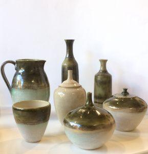 keramiek vormen koperkleur en wit